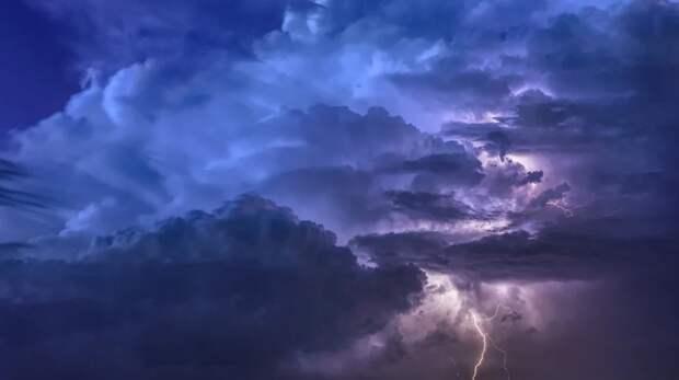 Дождь с грозой ожидаются сегодня в Крыму