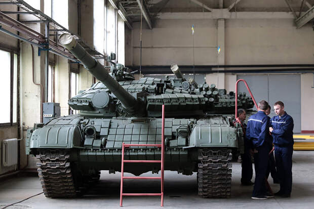 Ходовой товар: кому достались оставшиеся на Украине советские Т-72