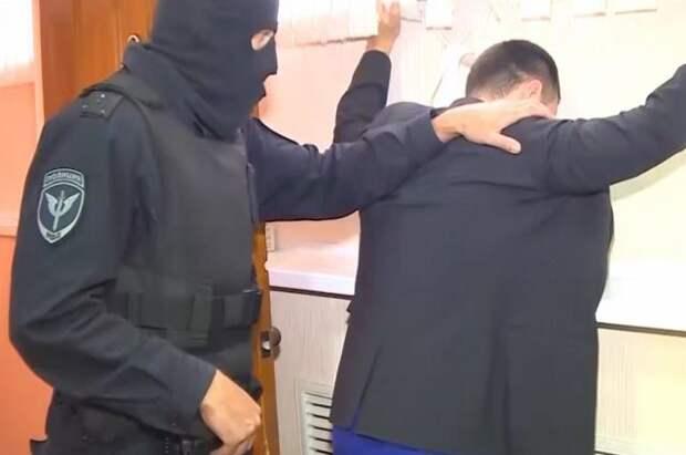 В Брянске перед судом предстанет группа «теневых банкиров»