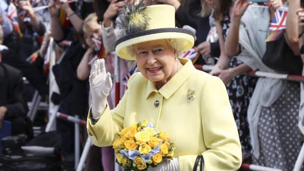 Британцы порассуждали о предполагаемых любовниках королевы Елизаветы II
