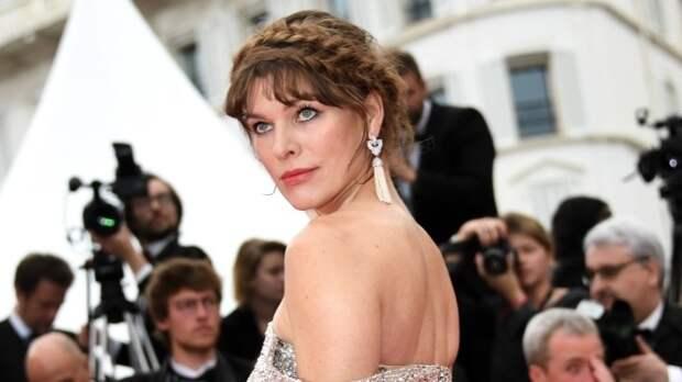 Звезда «Пятого элемента» Милла Йовович открыла в себе талант парикмахера