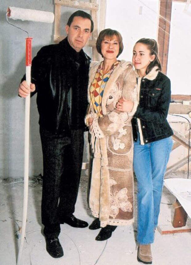 Любовь Успенская решила отменить развод с мужем