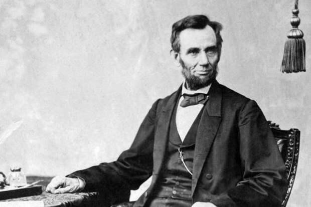 В США продали волосы Авраама Линкольна за $81 000