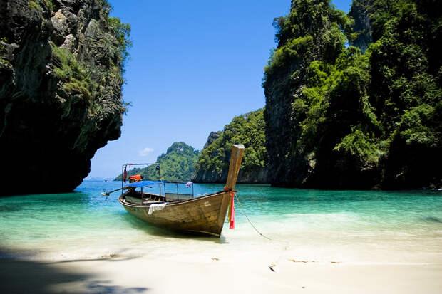 Таиланд откроет для туристов всю страну