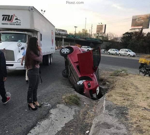 Женщина и Автомобиль. Абсолютно несовместимые вещи!