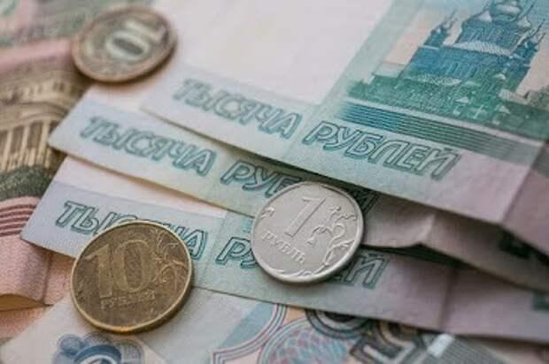 Депутат Госдумы заявила, что россияне берут кредиты из-за нехватки денег на еду