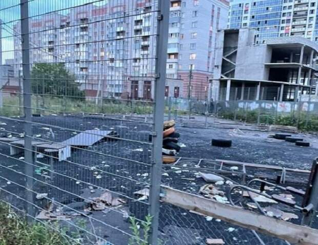 В Вологде вандалы уничтожили спортивную площадку