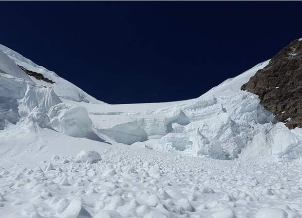 Главу тургруппы, попавшей под снежный завал в Хибинах, отпустили из-под ареста