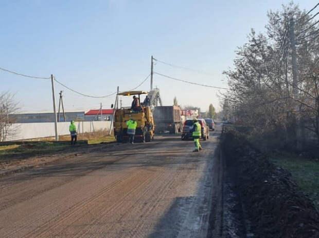 В Краснодаре в этом году отремонтируют больше сотни участков гравийных дорог