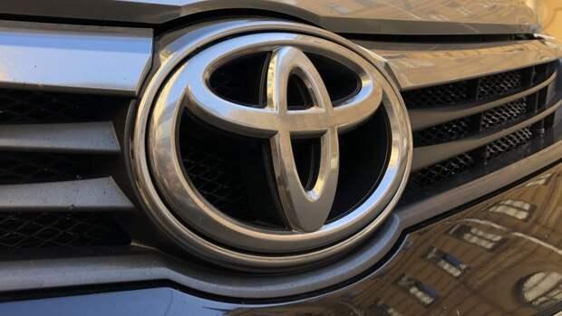 Компания Toyota показала свой первый электромобиль bZ4X