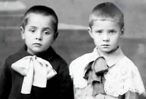 Руфина Нифонтова с братом Вячеславом