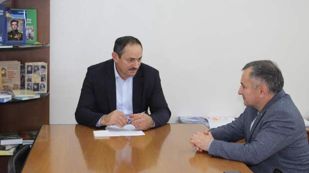 Глава Госкомитета по делам межнациональных отношений Крыма Альберт Кангиев подал в отставку