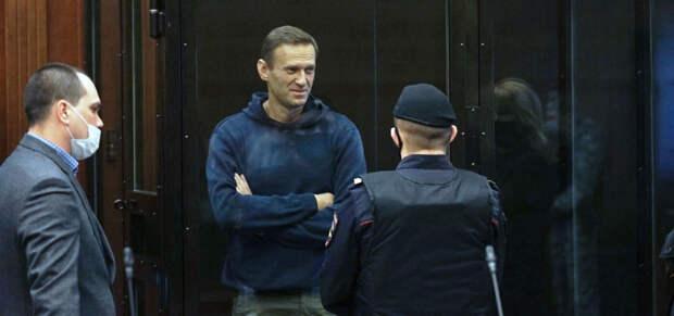 Джоан Роулинг, Джуд Лоу и Том Йорк обратились к Путину с призывом обеспечить Навального медицинской помощью
