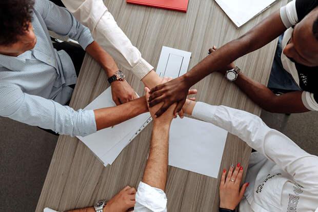 Работа в радость. Как улучшить микроклимат в коллективе?