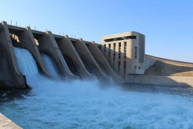 """Построенную советскими инженерами в 1980-х годах ГЭС """"Аль-Баас"""" восстанавливают в Сирии"""