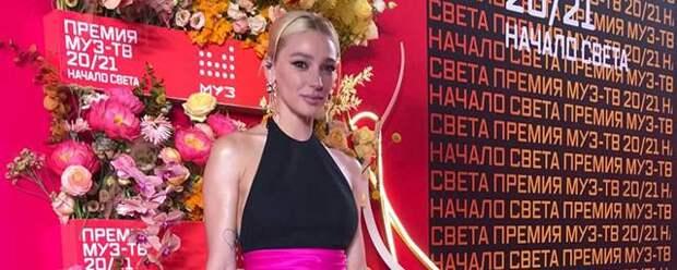 Настя Ивлеева пришла на премию МУЗ-ТВ без обручального кольца