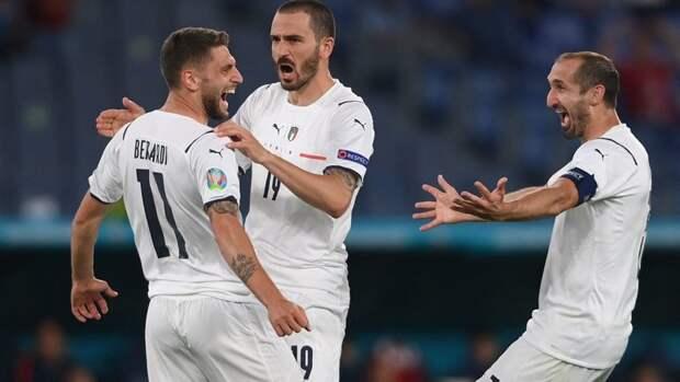Италия впервые вистории забила три гола вматче Евро