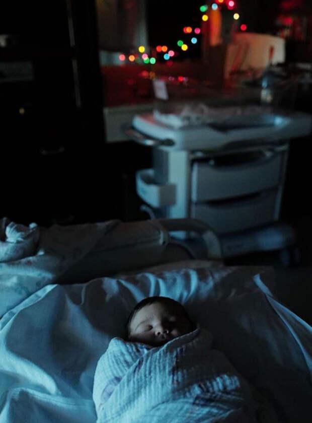 Джош Бролин стал отцом в четвертый раз: первое фото и необычное имя ребенка