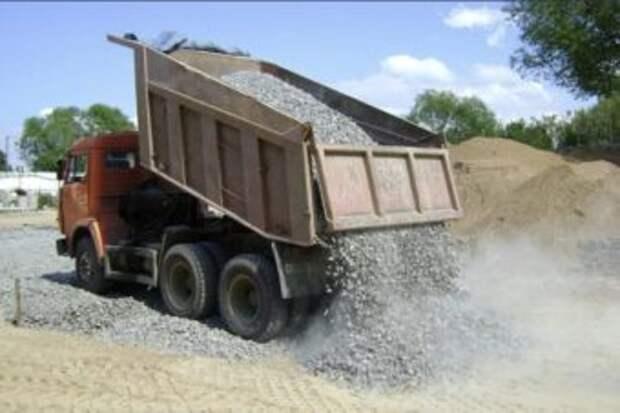 153 км грунтовых улиц Шымкента покроют щебнем