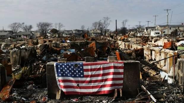 Либо перестройка, либо забвение – Bloomberg прогнозирует мрачные перспективы США
