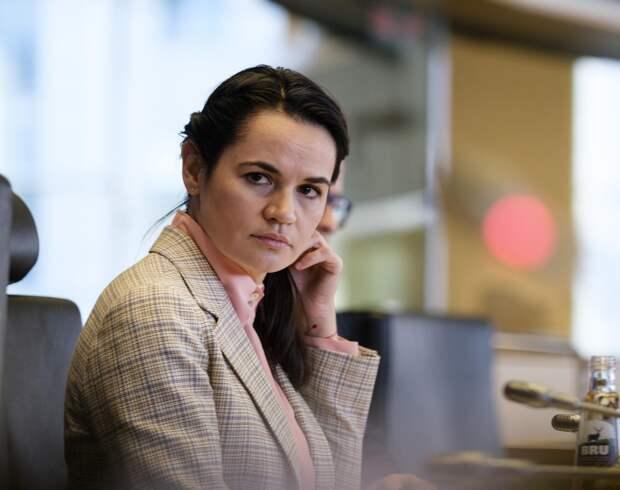Советник Тихановской рассказал, как она устроилась в Литве, призывая белорусов к протестам