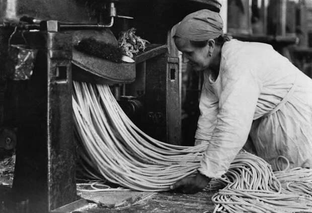 Когда лапшу вешали: производство спагетти в начале XXвека