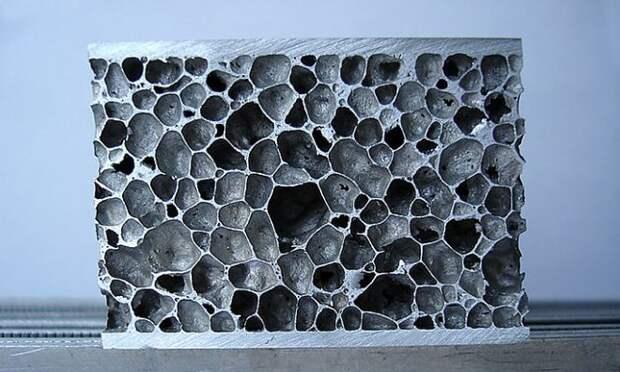 Металлические пены способны экранировать различные типы излучений и даже останавливать бронебойные пули