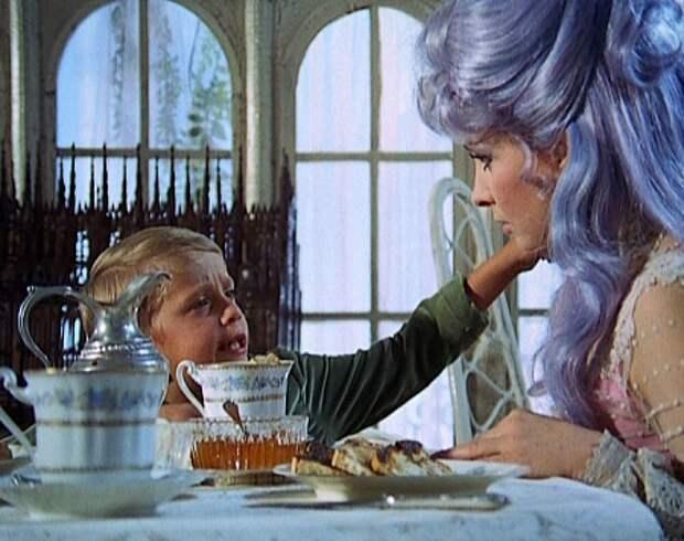 "Джина Лоллобриджида в образе феи, в фильме ""Приключения Пиноккио"" (1972)"