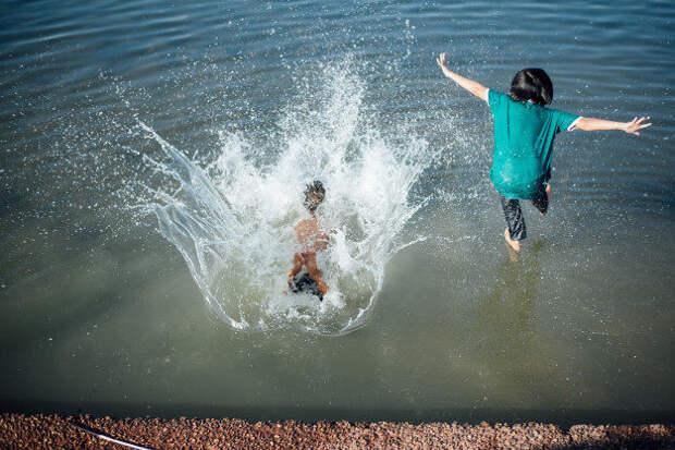 Чем занять ребенка летом: обзор детских лагерей