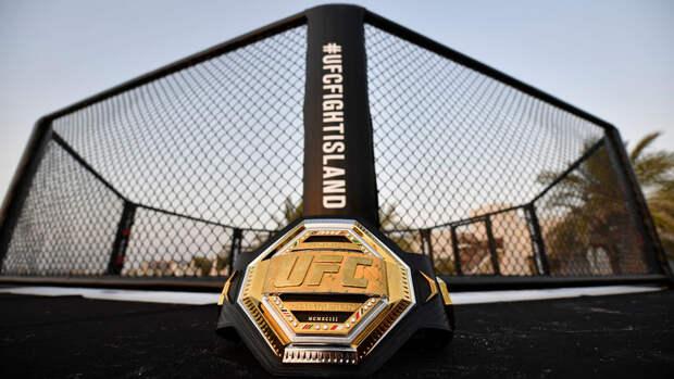 Барбоза нокаутировал Бургоса на турнире UFC 262