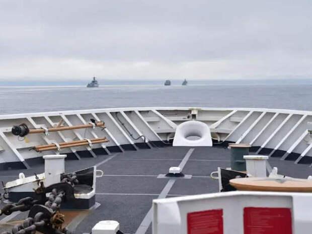 Китайские вооруженные корабли вошли в американскую экономическую зону вблизи Аляски в отместку за нахождение флота США в Южно-китайском море