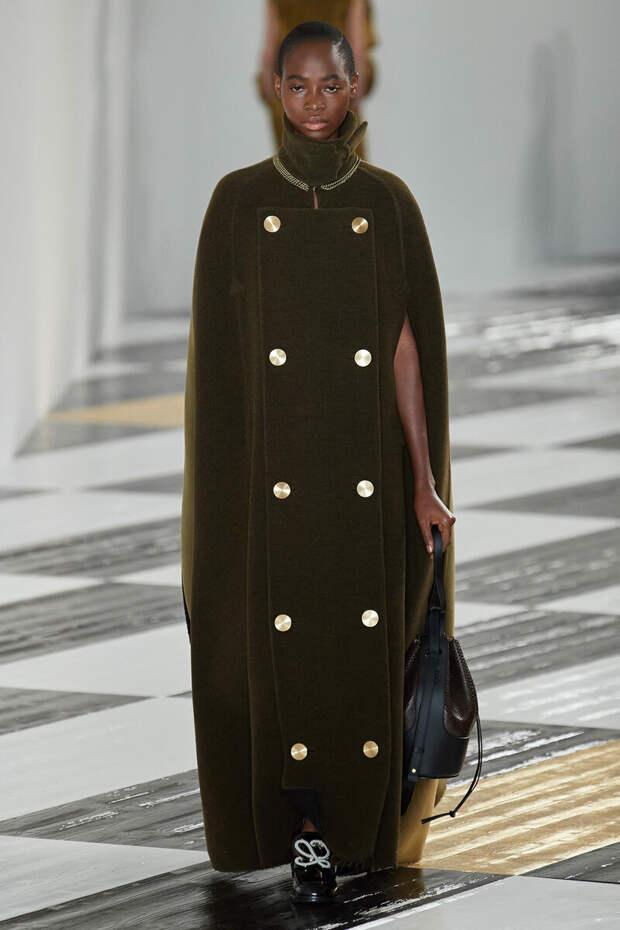 Стильная замена: носите кейп, если пальто надоело