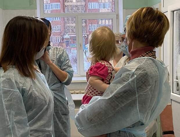 Детский омбудсмен предложила ввести стандарт ухода за детьми без родителей в больницах после инцидента в Ижевске