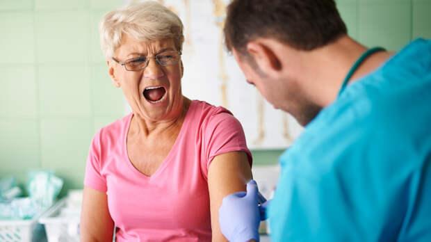 Последствия прививки отCOVID-19: чего боятся ростовчане