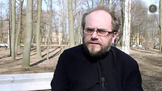 Протодиакон Владимир Василик: «Художник отвечает за то, каким силам он дает водить своей кистью, пером, резцом»