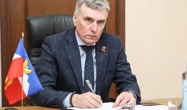Экс-мэр Пятигорска Андрей Скрипник находится в тяжелом состоянии с COVID-19
