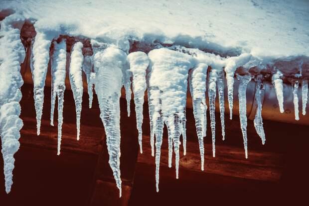 Жизнь без воды: в одной из деревень Удмуртии жители три недели в морозы топят снег