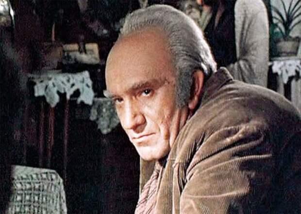 5 лучших фильмов с участием Армена Джигарханяна