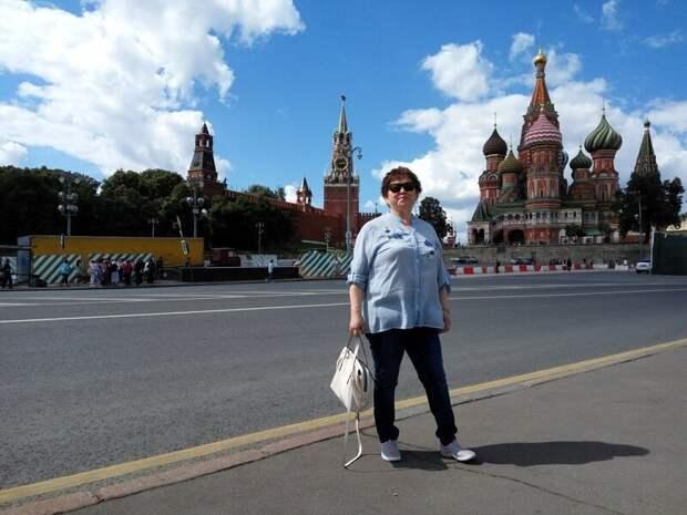 да, кстати на фото фигурирует моя мама - Маржан - врач дача, земля, отдых, пикник, труд, участок