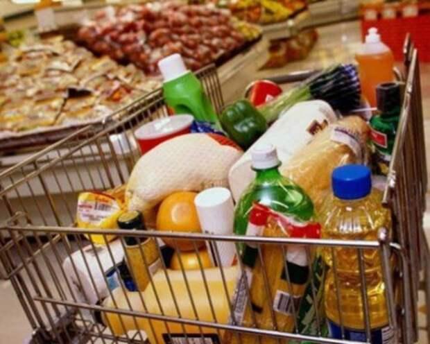 В Липецке подростки научились бесплатно отовариваться в супермаркетах