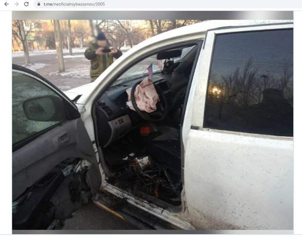 Кровавый клоун: Зеленский спасает рейтинг бойней в Донбассе