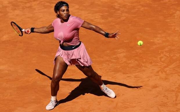 Серена Уильямс проиграла 44-й ракетке мира на старте турнира в Риме