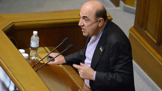 Украинский депутат в преддверии Дня Победы предупредил о беде в стране