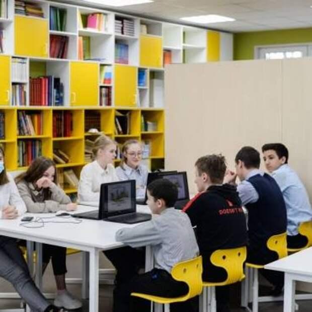 Мурманские гимназисты представили проект литературного сквера