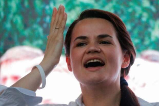 Кандидат в президенты Белоруссии Светлана Тихановская на предвыборном митинге в Бобруйске, Белоруссия, 25 июля 2020 года. REUTERS/Vasily Fedosenko