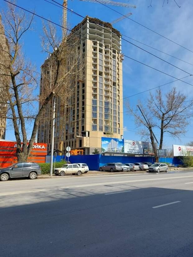 В этой новостройке семья Антошиных получит долгожданную нормальную квартиру взамен сгоревшей в августе 2017-го. Фото предоставлено Царьграду Анной Антошиной