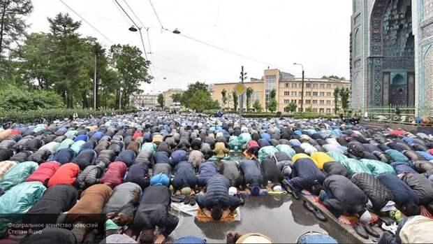 Ураза-байрам убедительно показал, что Россия — мусульманская страна