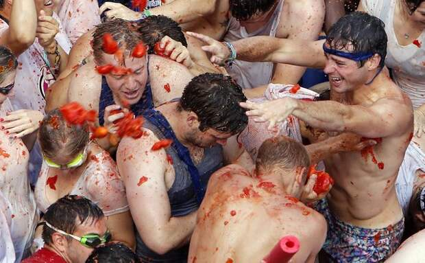 Фестиваль Томатина-2016 в Испании