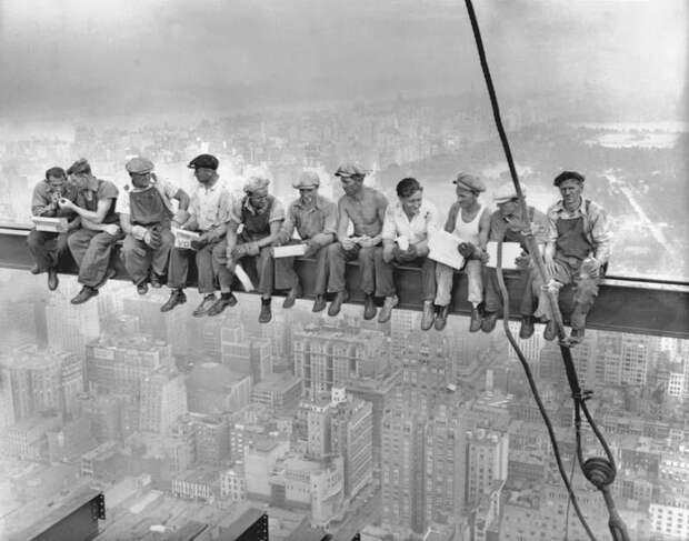 Cамые впечатляющие кадры жизни американских рабочих началаXX века