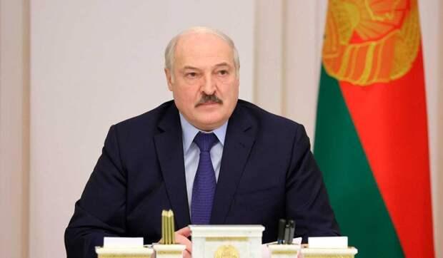 Экс-глава Нацбанка Белоруссии: Лукашенко правильно боится, что силовики пойдут на переворот
